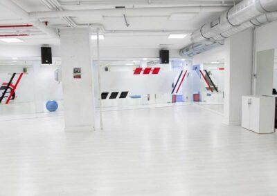 sala para actividades dirigidas gimnasio sparta
